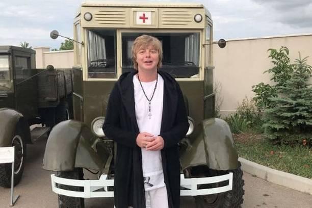 Андрей Григорьев-Аполлонов не может прийти в себя после смерти сестры
