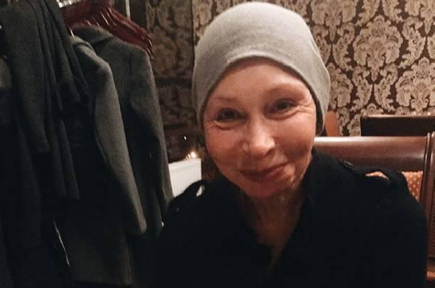 Татьяна Васильева пытается расположить к себе невесток, покупая им квартиры