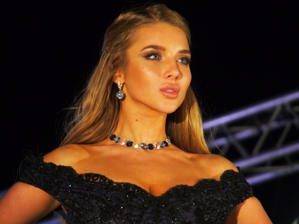 Невеста Егора Крида Анастасия Михайлюта выиграла конкурс World Bikini Model 2015