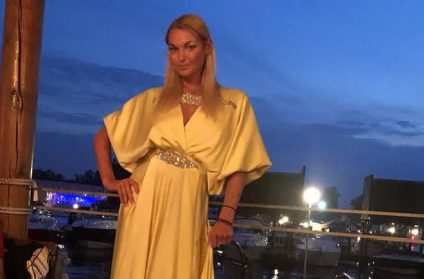 Анастасия Волочкова вернулась к бывшему мужу рекомендации