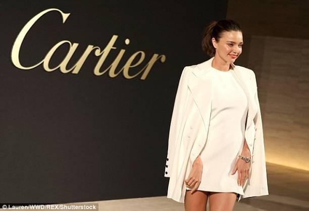 Бесконечные ноги Миранды Керр затмили новую коллекцию Cartier