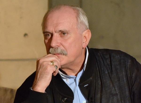 Авторскую передачу Никиты Михалкова запретили к показу на федеральном канале