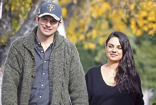 Эштон Катчер и Мила Кунис попали в объективы фотокамер во время прогулки