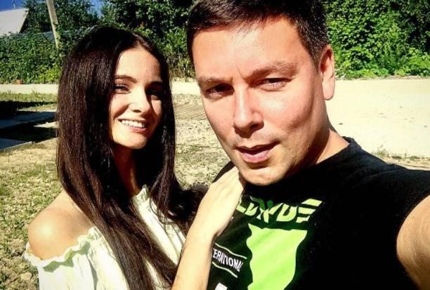 Андрей Чуев с новой возлюбленной готовятся к пополнению
