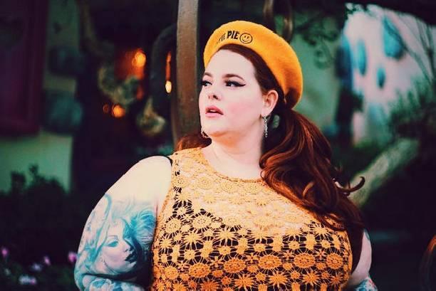 155-килограммовая Тесс Холлидей полностью обнажилась на новом снимке