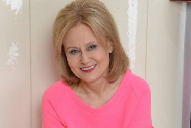 Дарья Донцова подобрала супругу другую жену