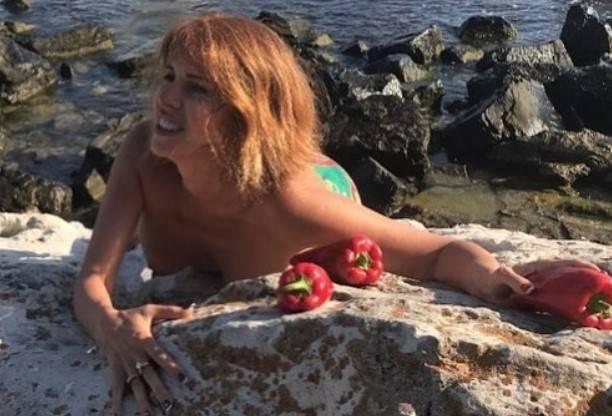Наталья Штурм представила публике автора эротических снимков