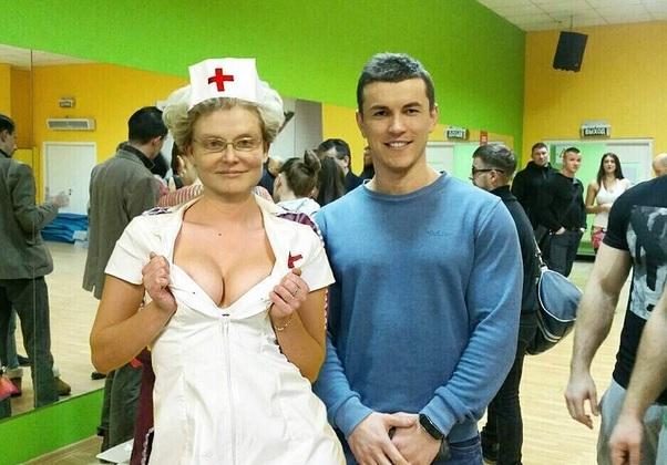 Елена Малышева рассказала о своем муже и посоветовала, как понять не связана ли агрессия мужчины с проблемами со здоровьем