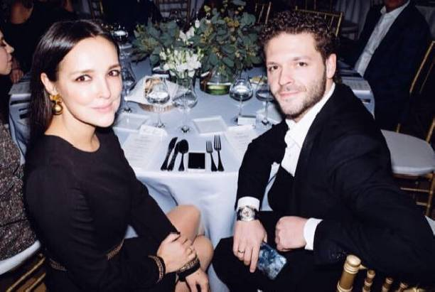 Константин Крюков впервые за долгое время вышел в свет с женой