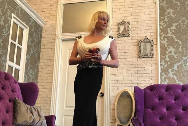 Анастасия Волочкова стала жертвой обмана своего водителя