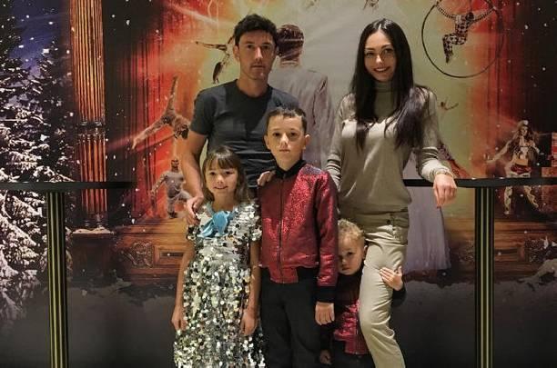 Юрий Жирков с женой отметили десятую годовщину свадьбы