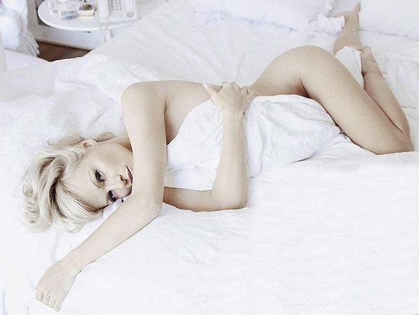 Памела Андерсон обнажилась для мужского издания FHM