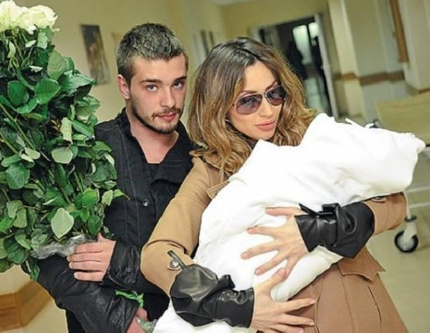 Бывший муж Светланы Лобода опубликовал обнаженный снимок новой девушки