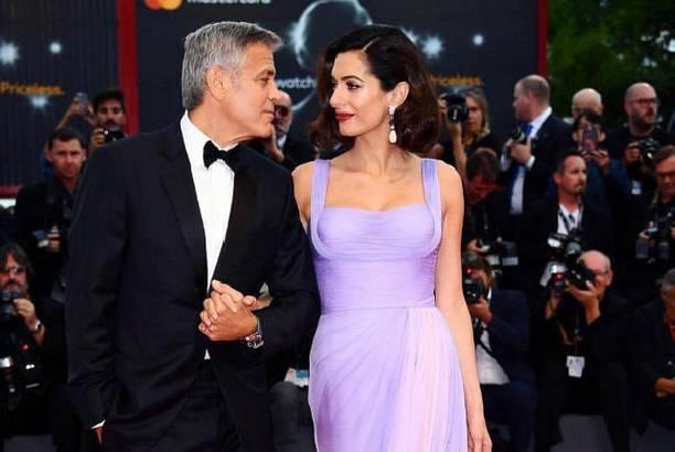 Обнародована первая фотография дочери Джорджа и Амаль Клуни