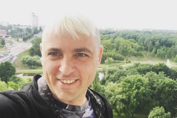 Сергею Аморалову угрожает его поклонница