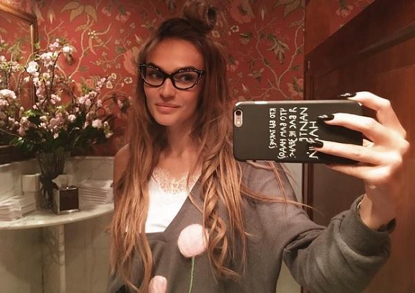 Алена Водонаева решилась на поход к пластическому хирургу