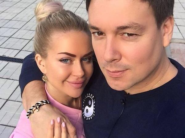 Марина Африкантова и Андрей Чуев вливаются в светскую тусовку