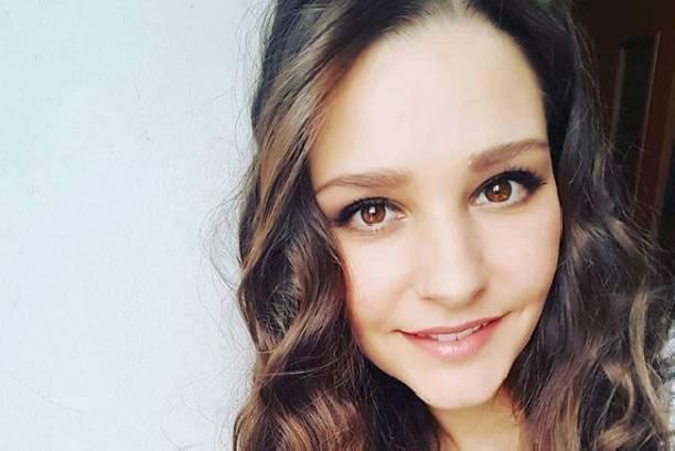 Глафира Тарханова балует себя сладостями, сорвав диету