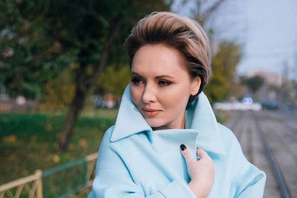 Дети Елены Ксенофонтовой вынуждены терпеть унижения из-за ее проблем с экс-супругом