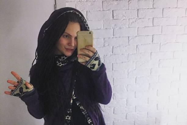 Беременная экс-возлюбленная сына Марии Шукшиной была срочно госпитализирована