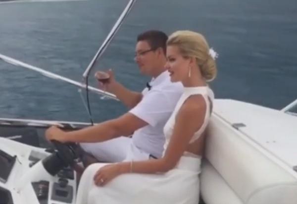 В сети появилось видео с несостоявшейся свадьбы Андрея Чуева и Марины Африкантовой