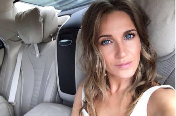 Поклонники Юлии Ковальчук раскритиковали ее за отсутствие груди
