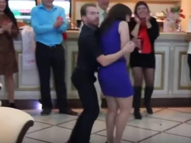 Русский турист показал всем как нужно танцевать (видео)