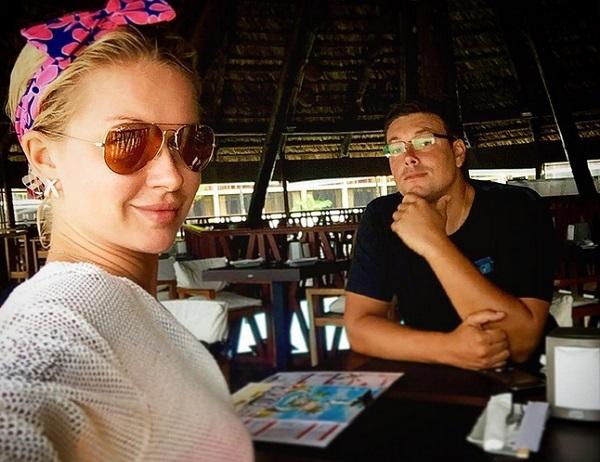Андрей Чуев показал пикантное видео с Мариной Африкантовой