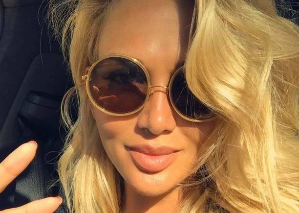 Виктория Лопырева напомнила о себе, показав роскошную грудь