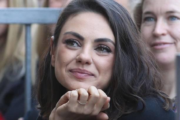 Мила Кунис ответила на слухи о своей беременности и разводе