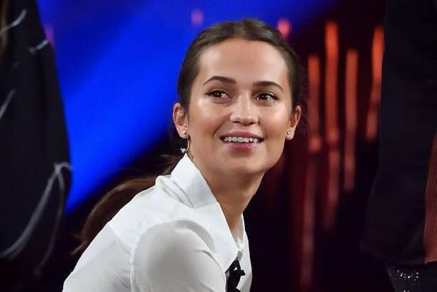 Алисия Викандер призналась, что сейчас счастлива, как никогда