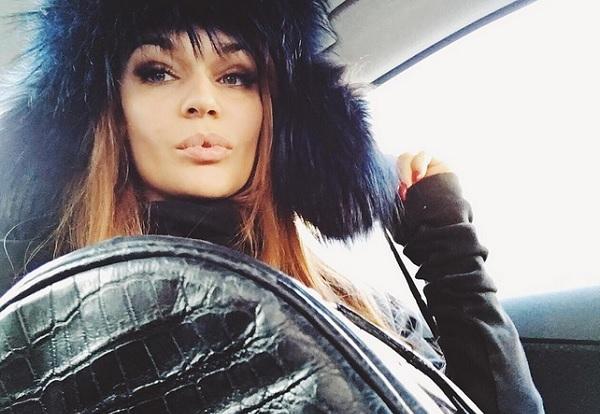 Алена Водонаева сменила прическу