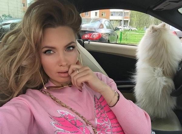 У Евгении Гусевой - Феофилактовой деформировалось лицо