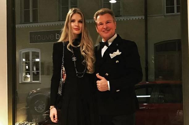 В Сети обсуждают невероятное сходство дочери Александра Малинина с отцом