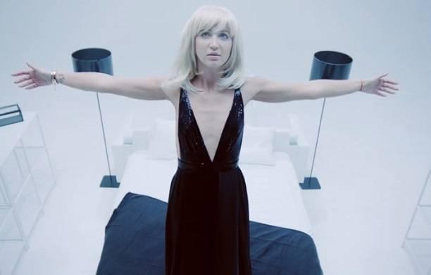 Новый вариант клипа Ольги Бузовой на песню'Привыкаю стремительно набирает просмотры