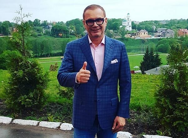 Скандал с нецензурным поведением Андрея Ковалева на премии RU.TV набирает обороты