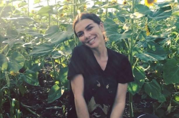 Анна Седокова решила рассказать о своей жизни в книге