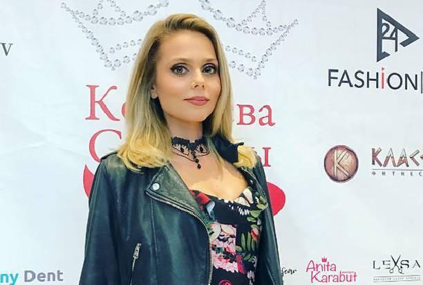 Супруг Ксении Новиковой после крупной ссоры с ней вернулся к бывшей жене