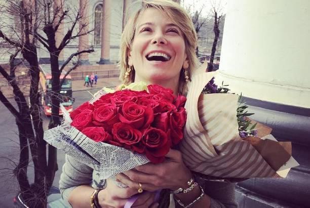 Юлия Высоцкая показала подросшего сына