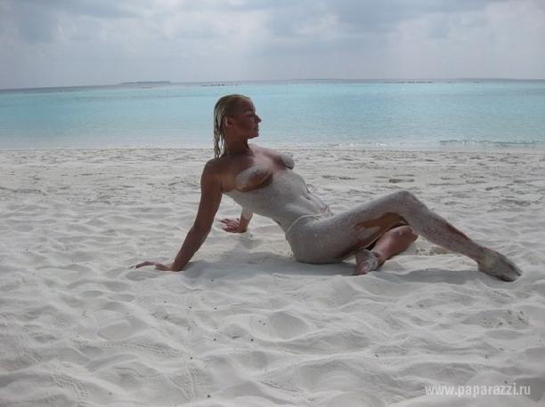 Телка раком фото волочковой на пляже стринги видео порно