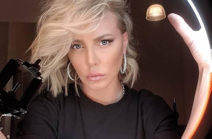 Маша Малиновская не постеснялась показать попу с целлюлитом