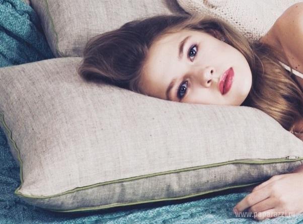 14-летняя дочка Веры Брежневой Соня покидает Россию