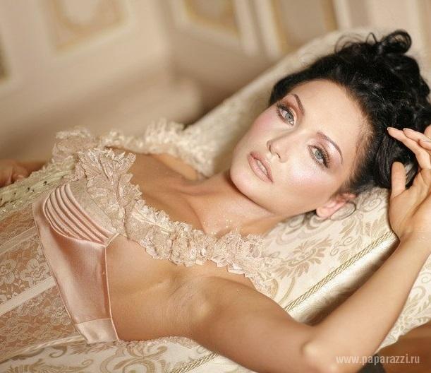 Меседа Багаудинова снялась обнаженной. Бесплатные фото и видео на Starsru.ru