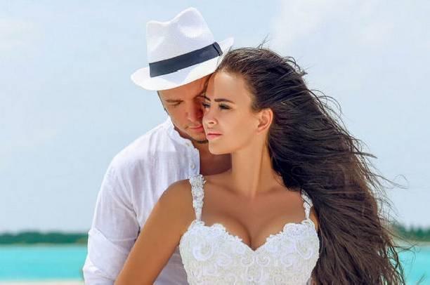 Антон Гусев и Виктория Романец наслаждаются романтическим отдыхом