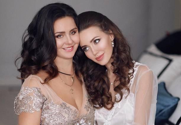 Анастасию Костенко подставила собственная мать