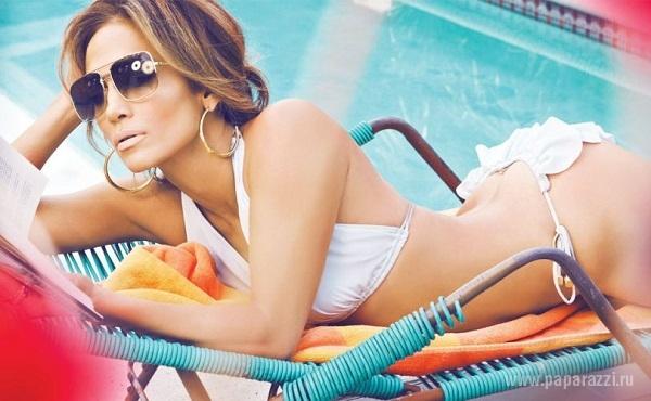 Дженнифер Лопес засветила свое нижнее бельё папарацци и сделала фотосессию для глянцевого журнала