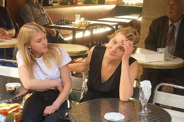 Рената Литвинова потратила огромную сумму денег на обучение дочери
