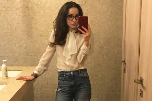 """Виктория Дайнеко продолжает публиковать """"спальные"""" селфи"""