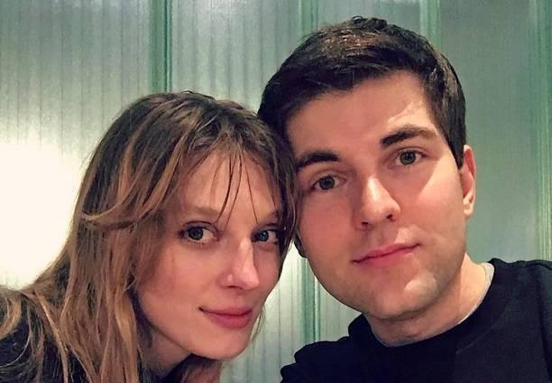 После разговоров о его нетрадиционной сексуальной ориентации Дмитрий Борисов срочно обзавелся подругой