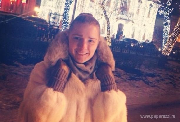http://www.paparazzi.ru/upload/iblock/1db/1db5221885eefa388828d1afdea4837c.jpg